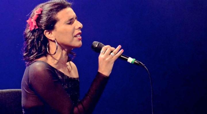 Cantora vai apresentar trabalho autoral e releituras de sucessos.