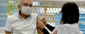 Cartunista recebeu a terceira dose da vacina em SP, na quarta-feira (22).